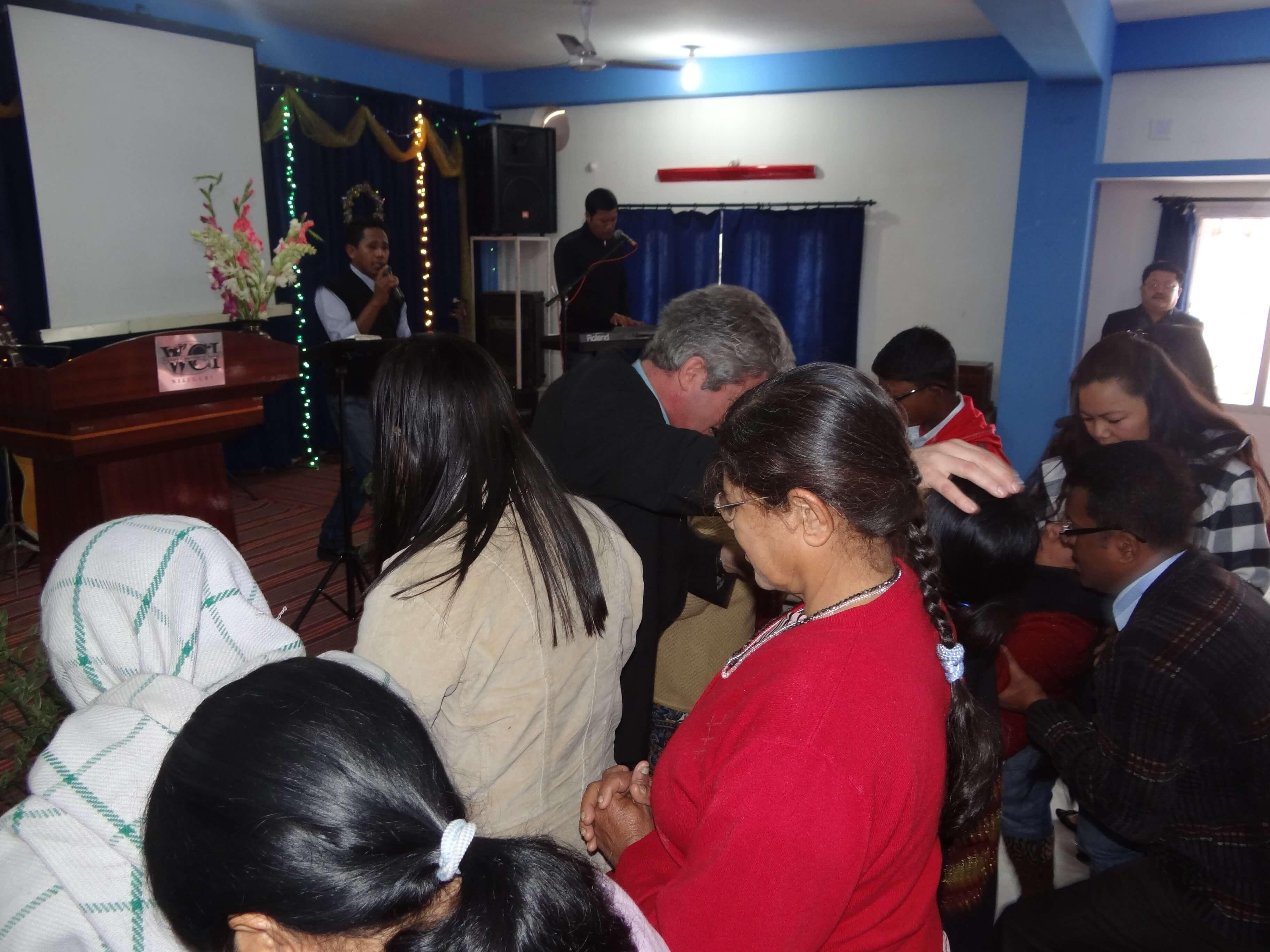 Des gens assoiffés de Dieu et désireux de recevoir la prière !