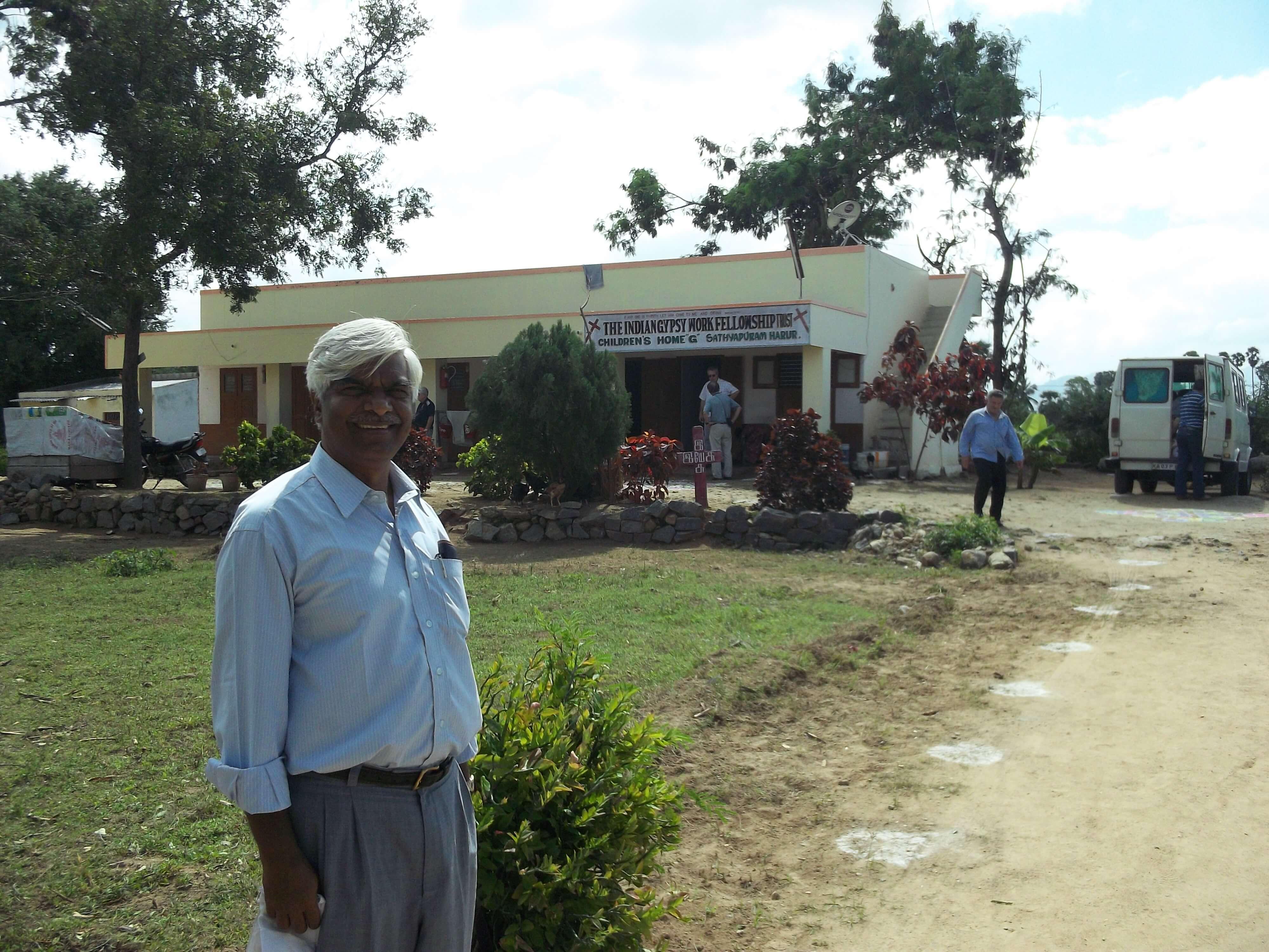 Pasteur Solomon fondateur de la mission parmi les tziganes