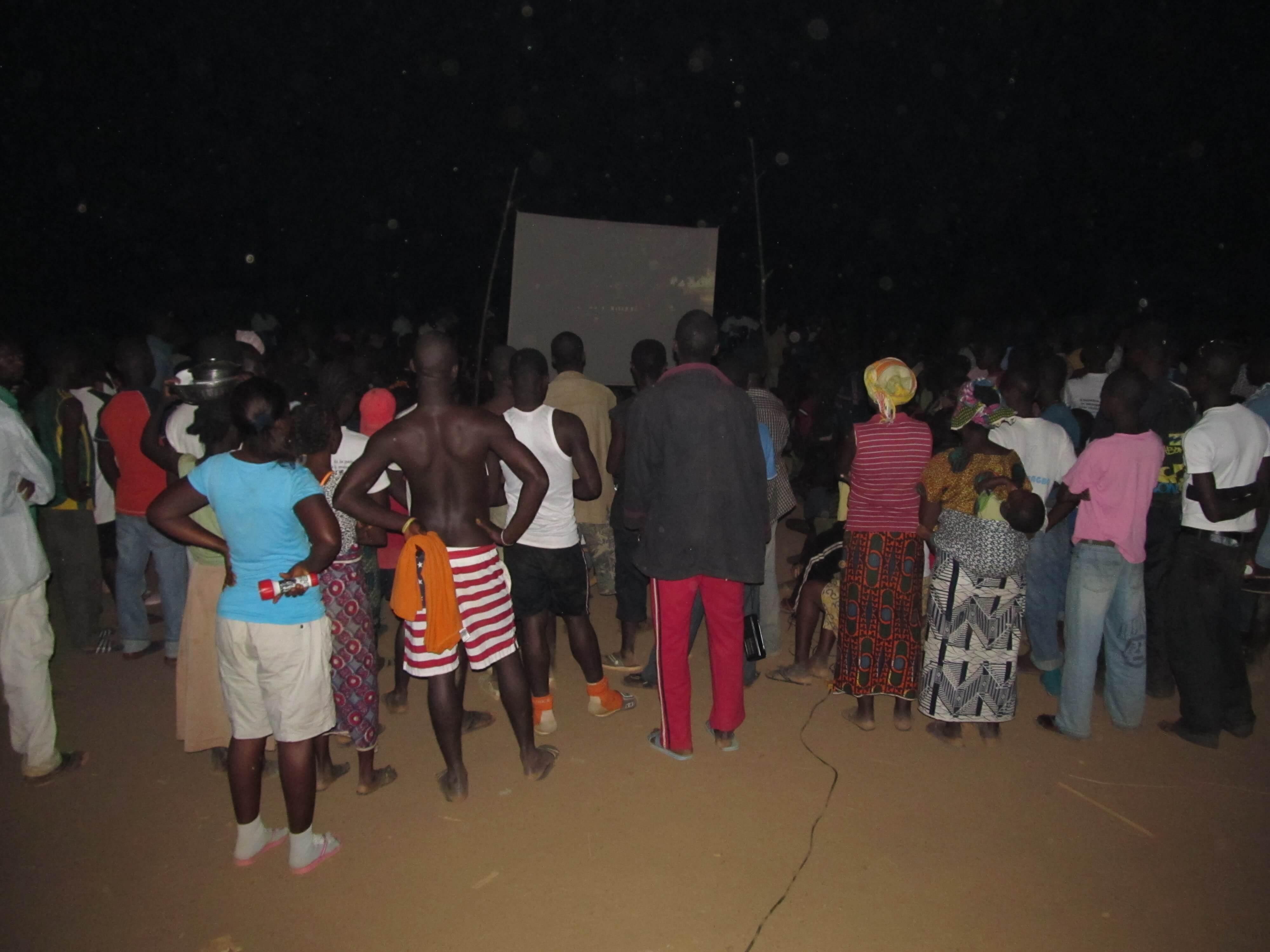 Projection du film Jésus au camp