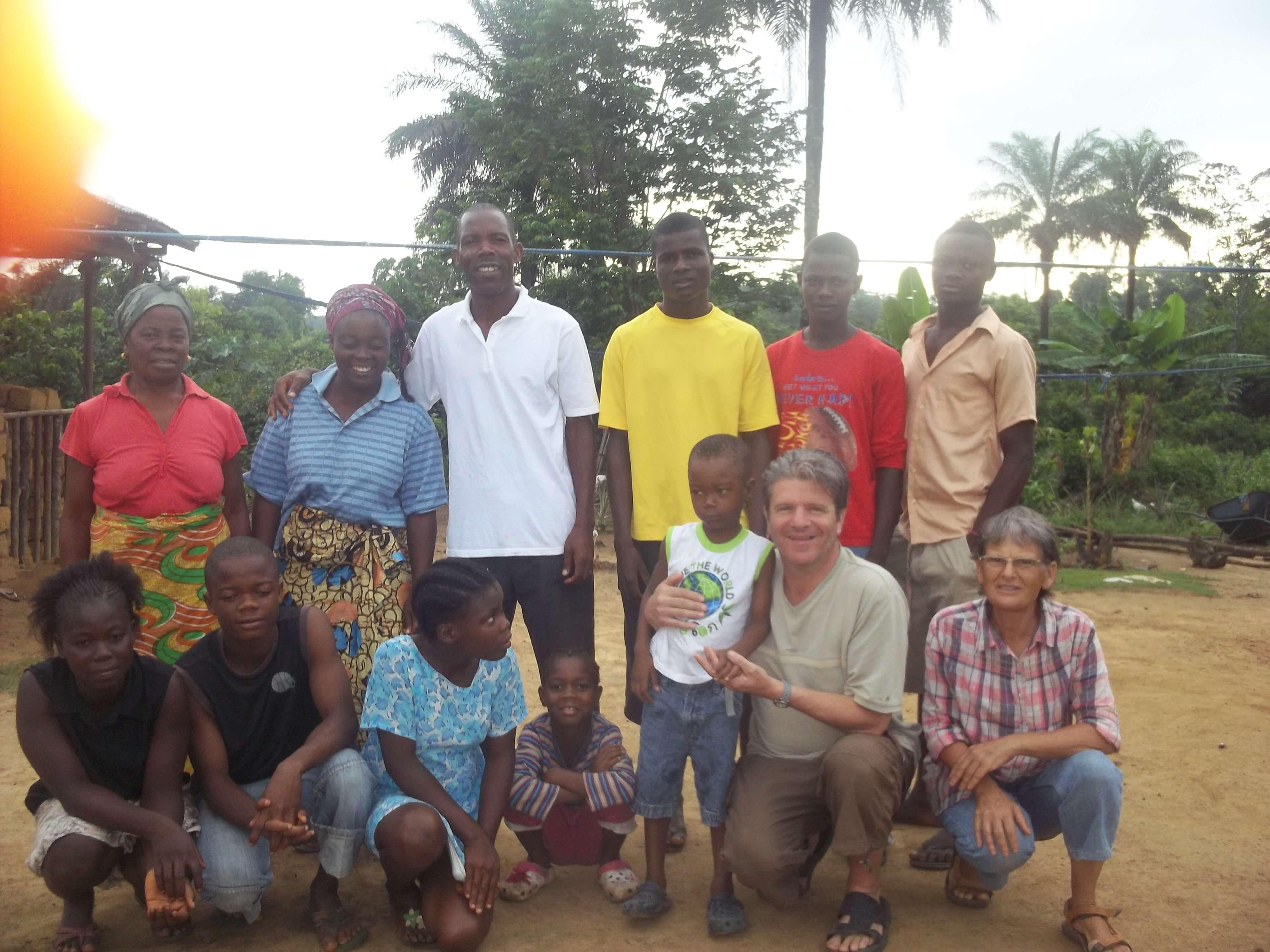 Dans cette région musulmane du Liberia, un pasteur courageux avec sa grande famille est venu implant