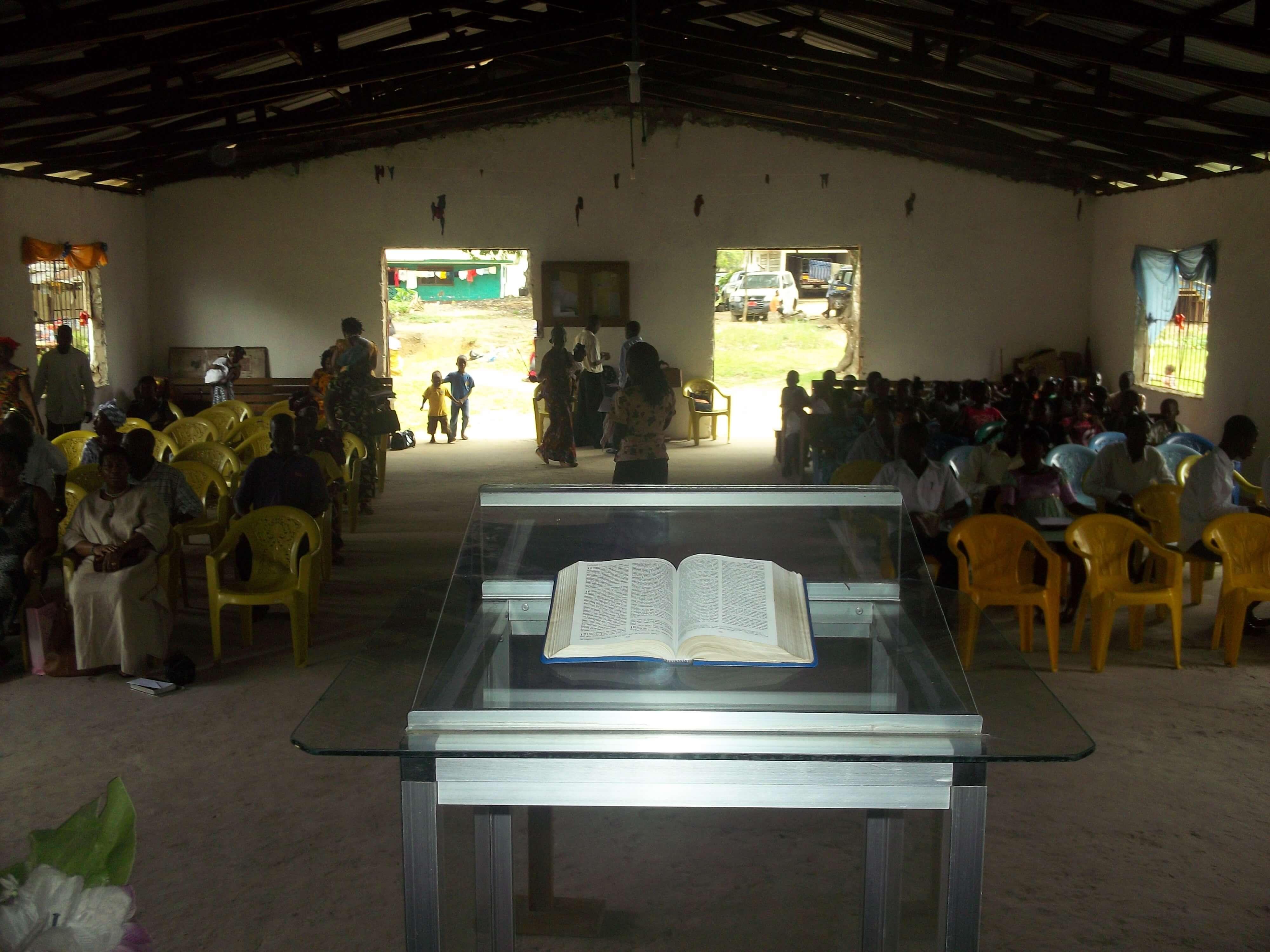 Nouvelle mission avec Foursquare Libéria. Ici, c'est l'Eglise mère à Monrovia