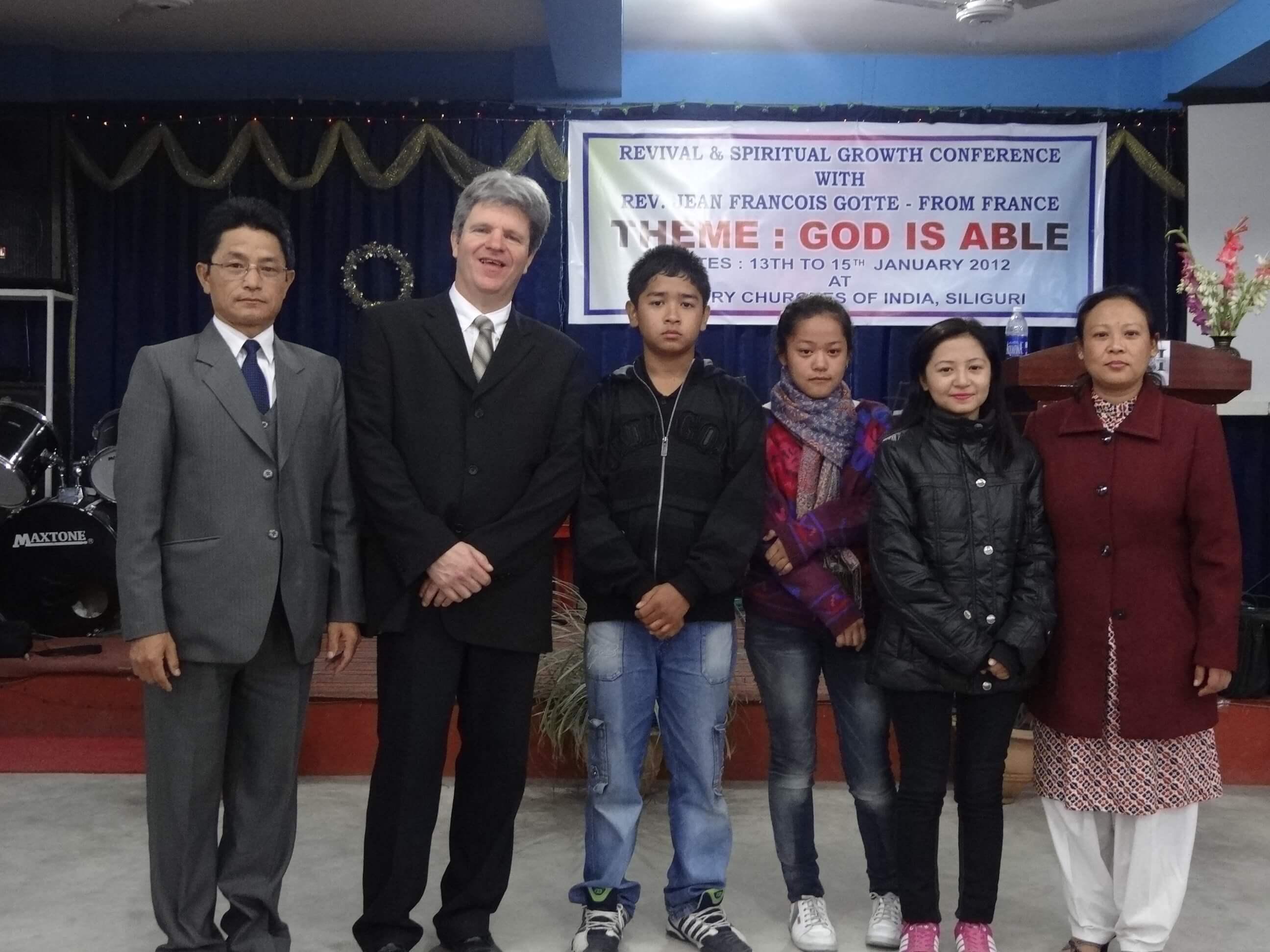 Notre hôte le pasteur Daniel Lepcha et sa famille